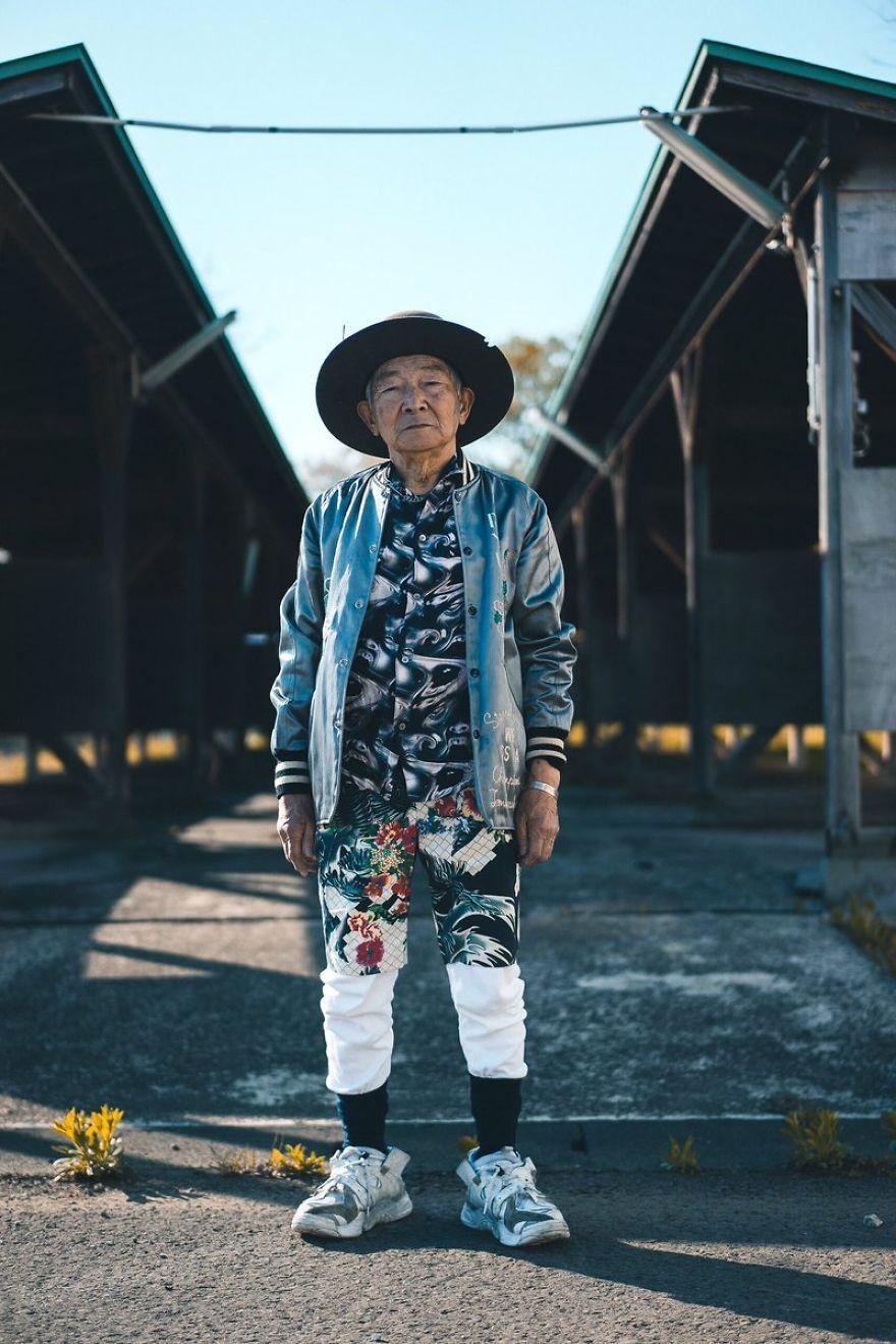 ФОТО: 84 настай загварлаг өвөө Тэцүяа